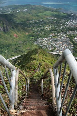 Dangers of Hawaii's Stairway to Heaven